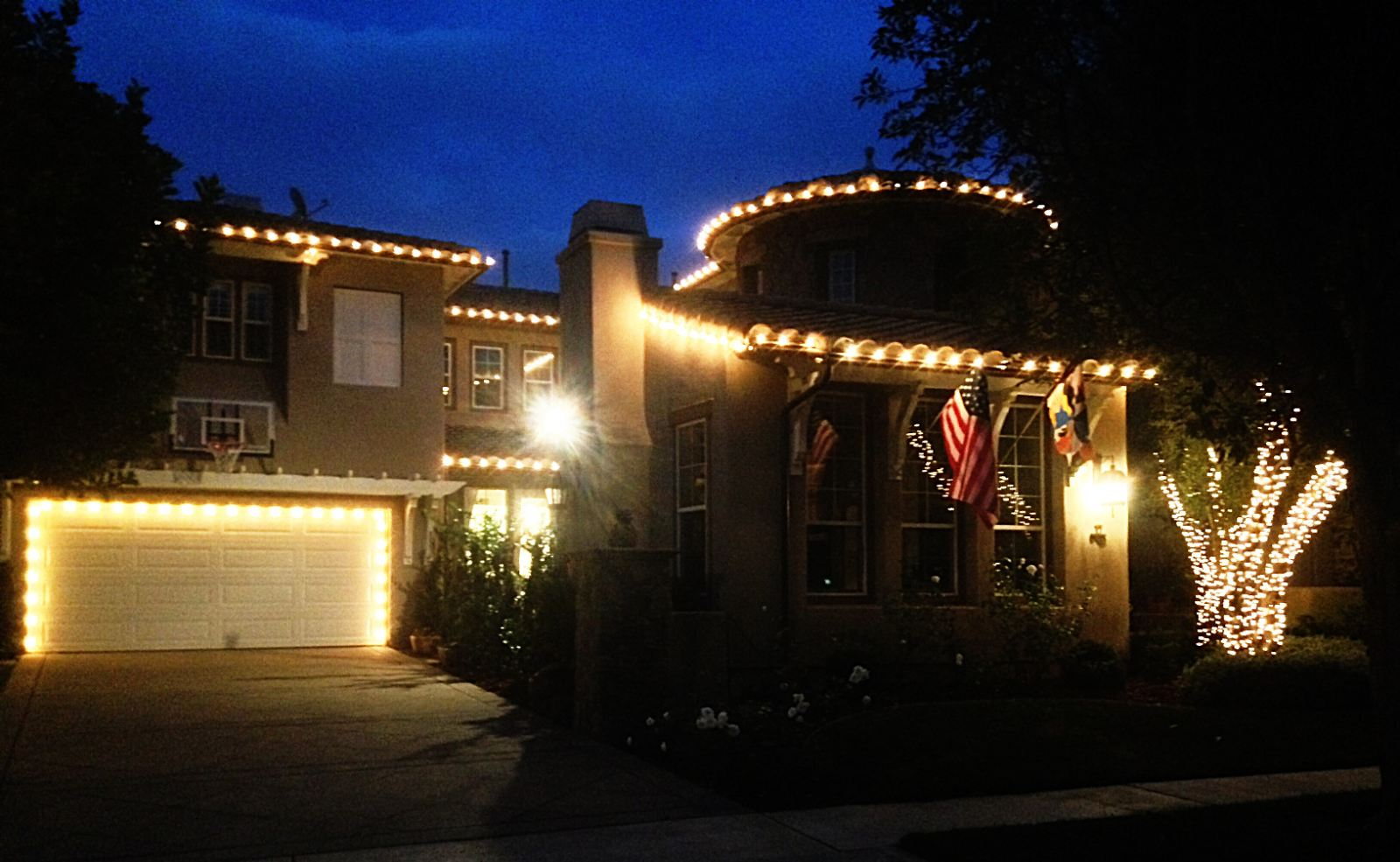 christmas lights installed on a home in newport beach - Home Decoration Lighting